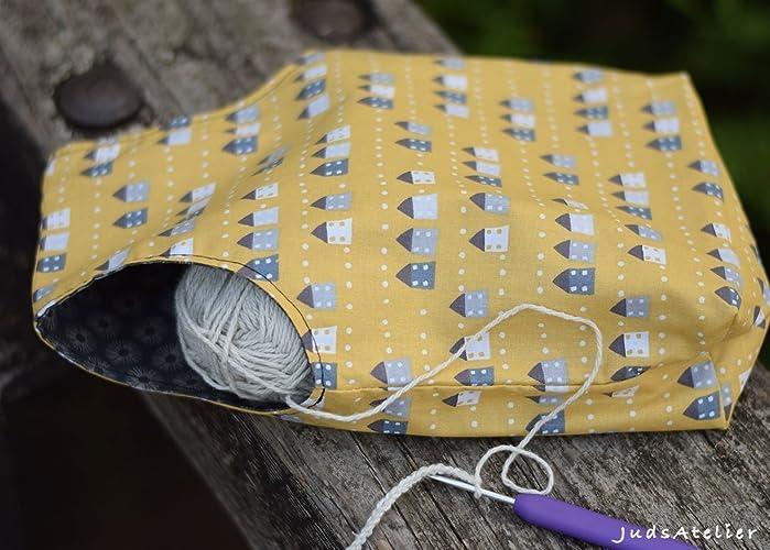 Bolsa reversible para labores, confeccionada en tela de algodón, para proyectos de crochet y punto, diseño en tela estampada en color mostaza y gris, ...