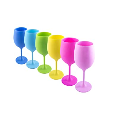 The silicone wine glasses colorful set of 6 | BPA free | reuseable & unbreakable wine glass | dishwasher safe | An original & useful gift for any occasion | indoor & outdoor wine glasses by Siliclass
