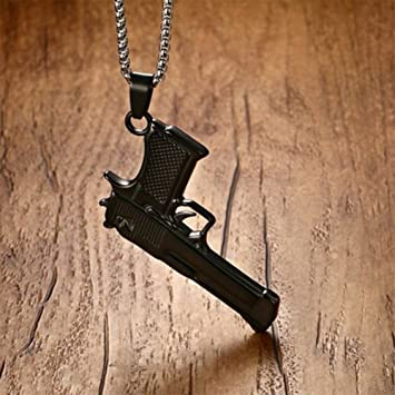 collier homme pistolet