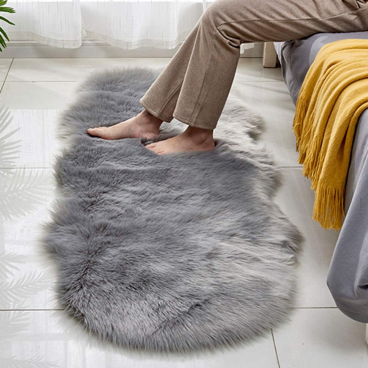 Faux Sheepskin Plush Area Rug, 2x6 feet Anti-Slip Fluffy Rug for Bedroom, Warm Faux Fur Couch Cover for Sofa and Bay Window(Grey)