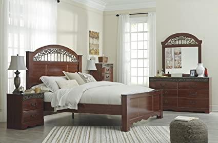 Amazon.com: Ashley Fairbrooks Estate 5PC E King Poster Bedroom Set ...