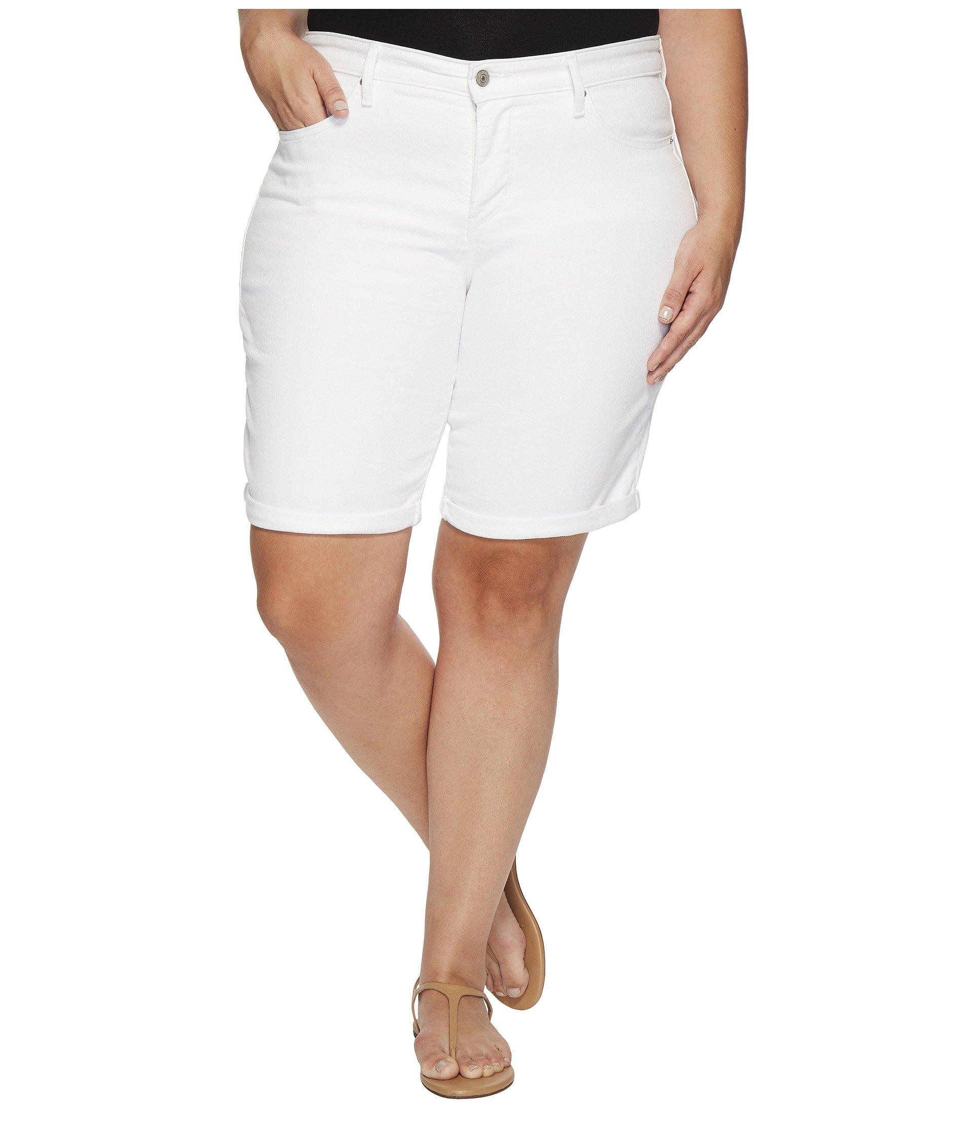 Levi's Women's Plus-Size Shaping Bermuda Shorts, Soft Clean White, 38 (US 18)