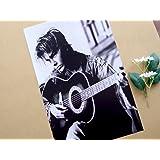 小ポスター、米国版、リバー・フェニックス、ギター抱えて