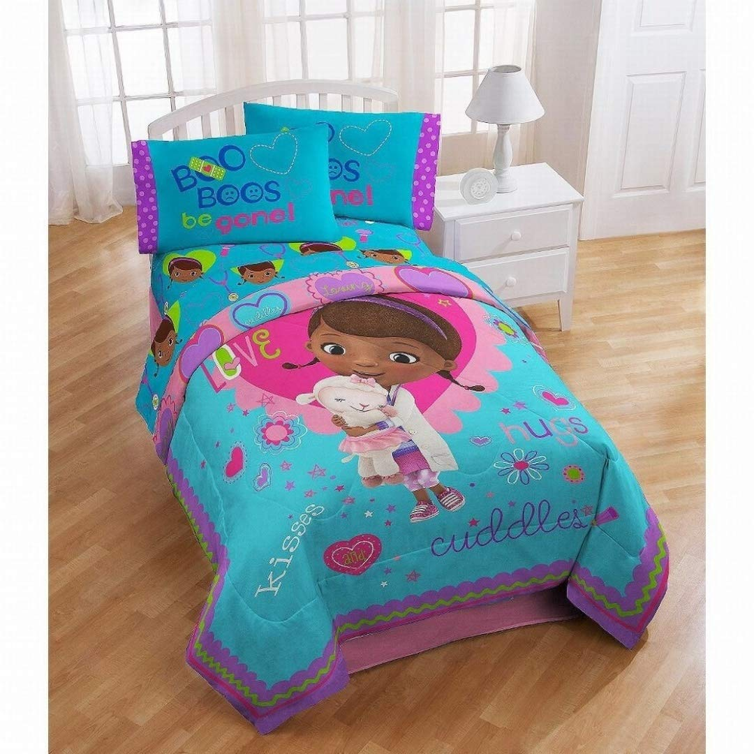 Disney Doc McStuffins Twin Bed Microfiber Comforter Love Kisses