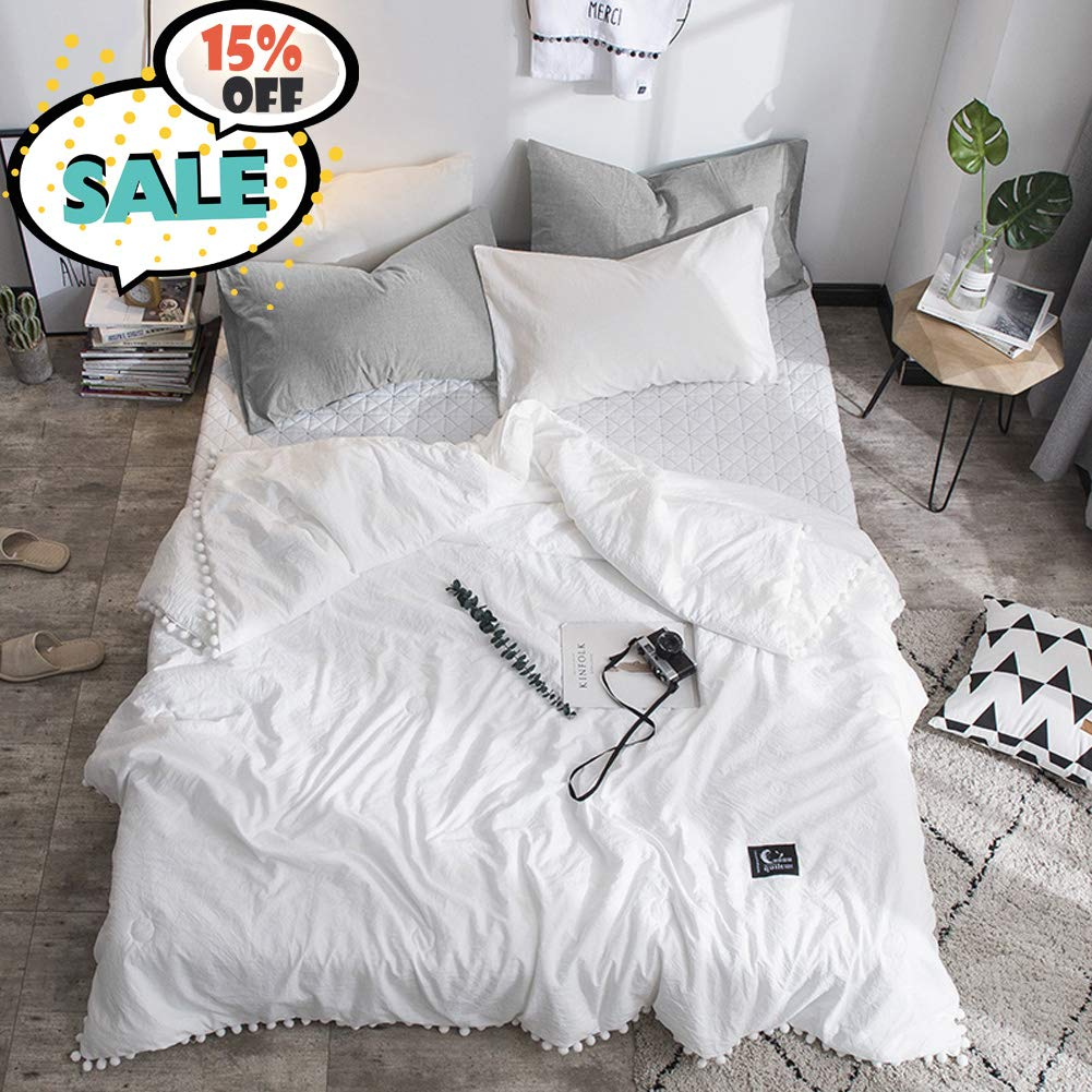 Leadtimes White Comforter Queen Thin Quilt for Summer Lightweight Soft Cotton Bed Blanket with Pompom Design (White, Queen)