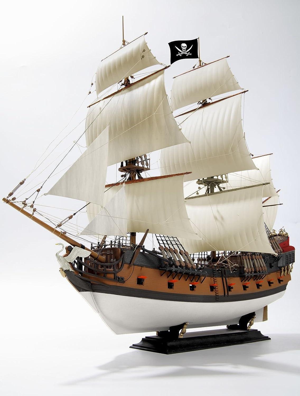 maquette bateau pirates de revell. Black Bedroom Furniture Sets. Home Design Ideas