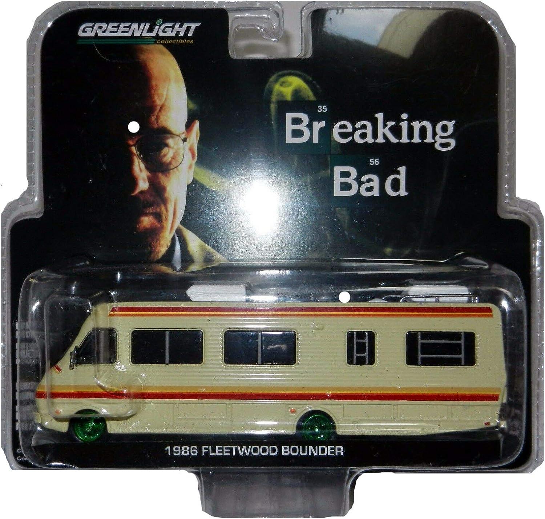 1//64 Breaking Bad 1986 Fleetwood Bounder RV Greenlight Diecast Model