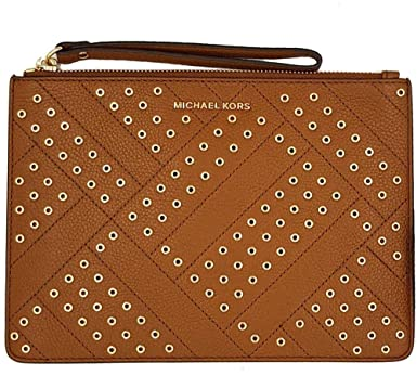 8f3555e171b35a Amazon.com: Michael Kors Jet Set Travel Grommets XL ZIP Clutch Wristlet  (luggage): Clothing