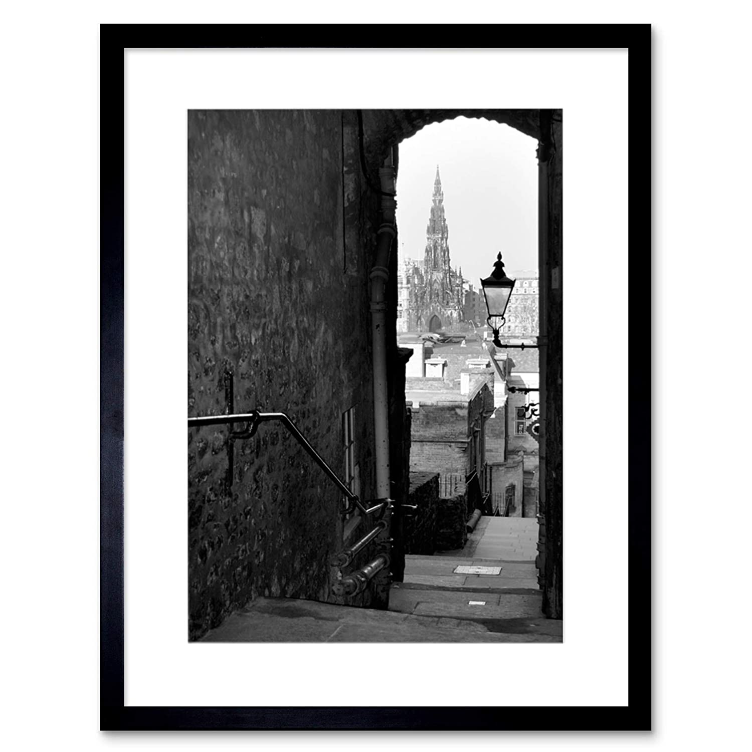 Wee blue coo photo cityscape edinburgh royal mile lane black white framed wall art print amazon co uk kitchen home