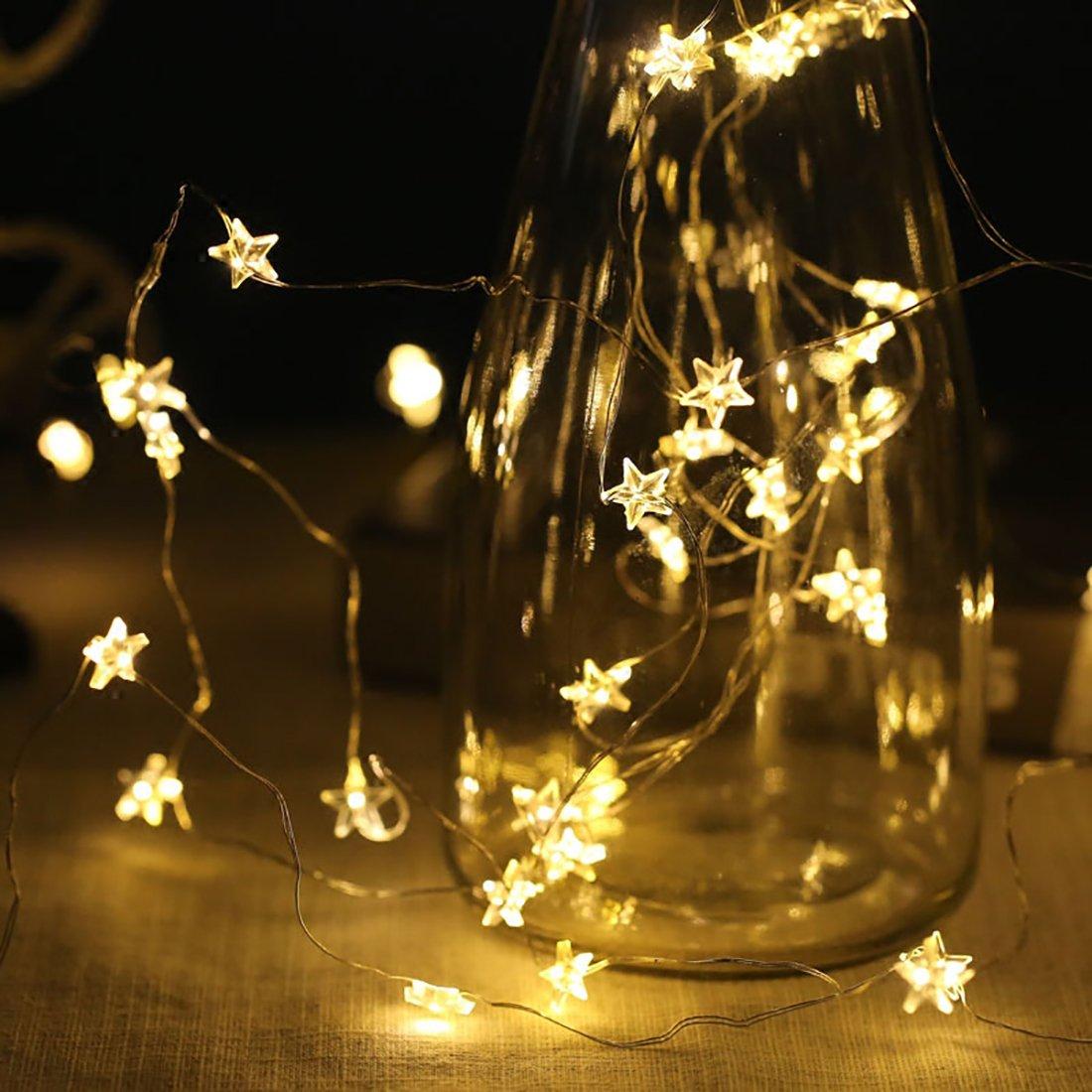 Atemberaubend Führte Weißen Draht Der Weihnachtslichter ...