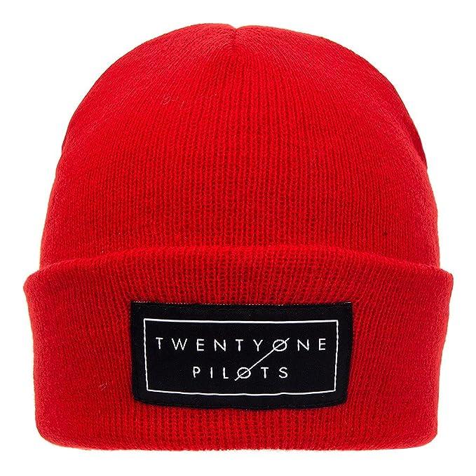 Berretto Beanie Knitted Logo Twenty One Pilots (Rosso)  Amazon.it ... 0bb2fc7d8dd3