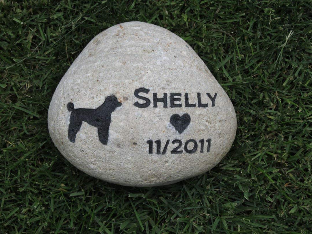 Custom Dog Memorial Pet Memorial Stone Garden Stone Memorial 8-9 Inch Grave Marker
