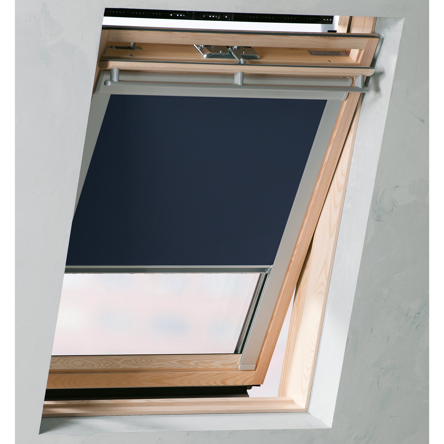 velux ggu m04 awesome velux deck mounted solar powered vss m skylight with velux ggu m04 velux. Black Bedroom Furniture Sets. Home Design Ideas