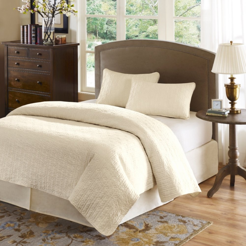 Amazon.com: Hampton Hill Velvet Touch Coverlet Set, King, Ivory: Home U0026  Kitchen