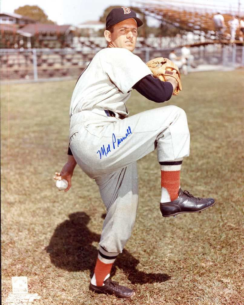 Autographed//Original Signed 8x10 Photo Showing Him w//the Boston Red Sox D. - Pitched No-hitter -COA Mel Parnell 1947-1956