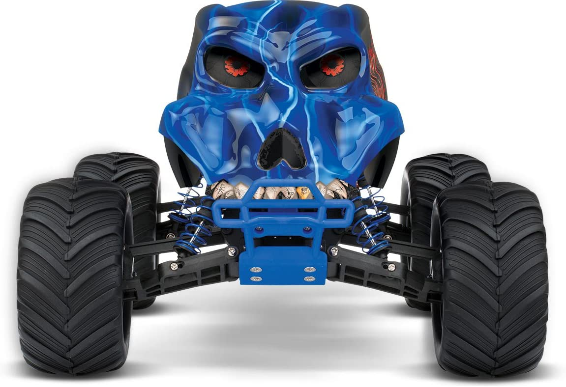 Best RC Monster Truck Reviews: Grave Digger, Bigfoot and More 2