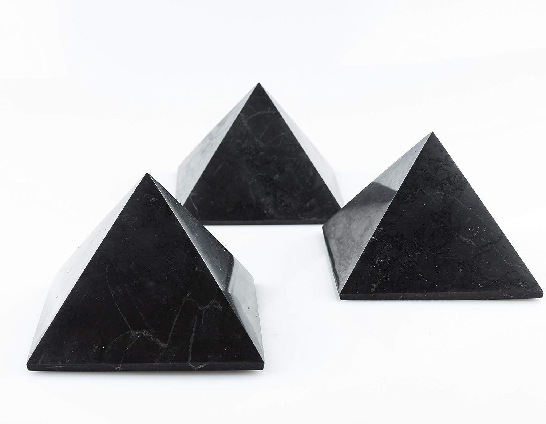 SN NATURSTEIN UG - Pirámides Shungit pulidas | Gema y Piedra curativa originaria de Carelia - Protección contra radiación EMF - 10 cm x 3