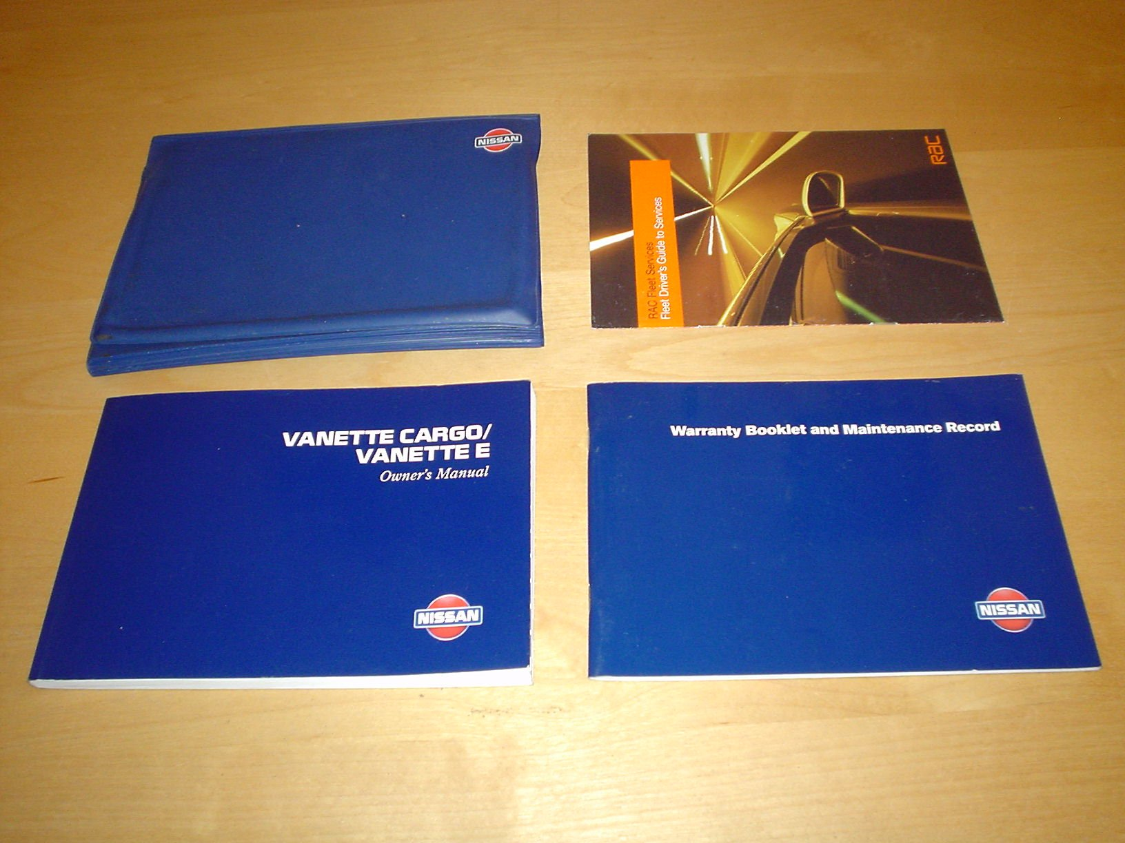 NISSAN VANETTE CARGO E OWNERS MANUAL HANDBOOK 1.6 LITRE PETROL ENGINE 2.3 LITRE DIESEL ENGINE - OWNERS HAND BOOK MANUAL: Amazon.es: NISSAN: Libros