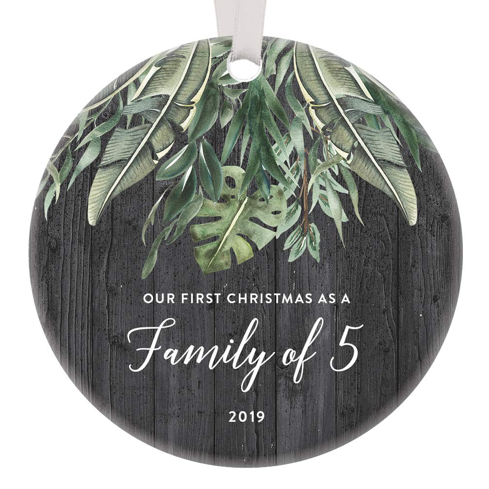 Christmas Gift Ideas 2019 For Kids.Amazon Com Christmas Ornament Family Of 5 2019 Mom Dad Kids