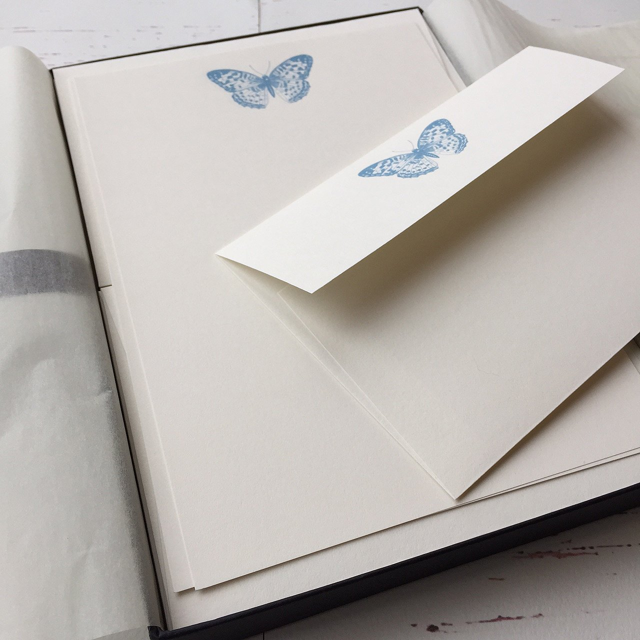 Wagtail Designs Writing Paper Gift Set With Butterfly Design in a lovely black box with ribbon (18)