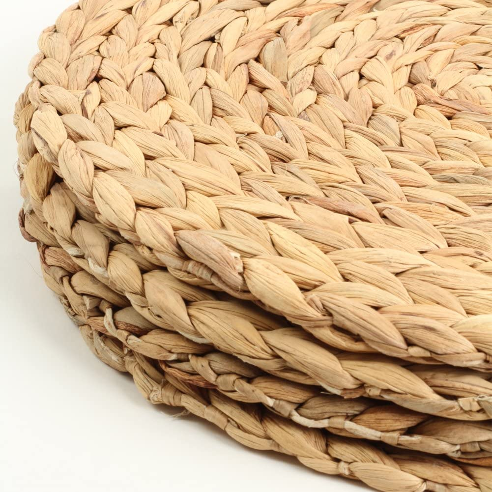 Koyal Wholesale Water Hyacinth Placemats 13 Round Mat Weave Charger Plates Set Of 4 Eco Friendly Tropical Wedding Or Home Decor Amazon Co Uk Kitchen Home