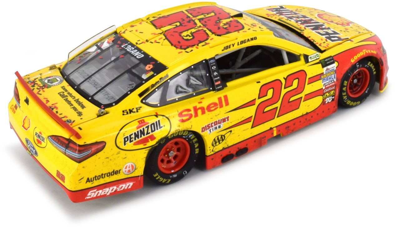 Lionel Racing Autographed Joey Logano 2017 Richmond Win Raced Version NASCAR Diecast 1:24 Scale