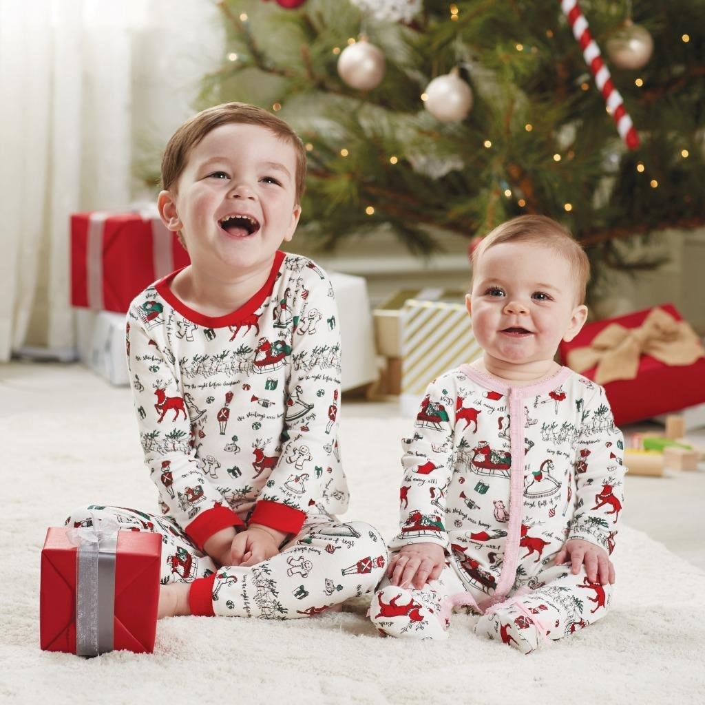 Amazon.com  Mud Pie Unisex Very Merry Christmas Pajamas (Infant Toddler)   Clothing db591de34