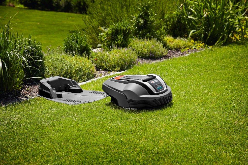 Gardena 04069 - 66 cortacésped robot r80li: Amazon.es: Bricolaje y ...