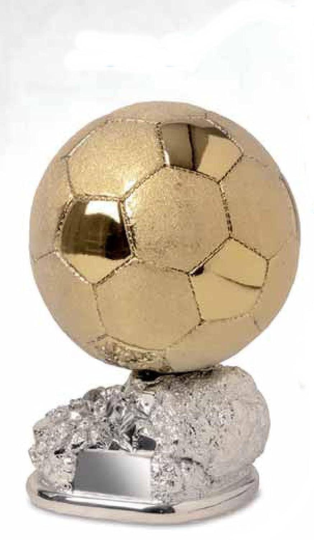 Trofeo de fútbol, balón dorado, brillante y satinado sobre base ...