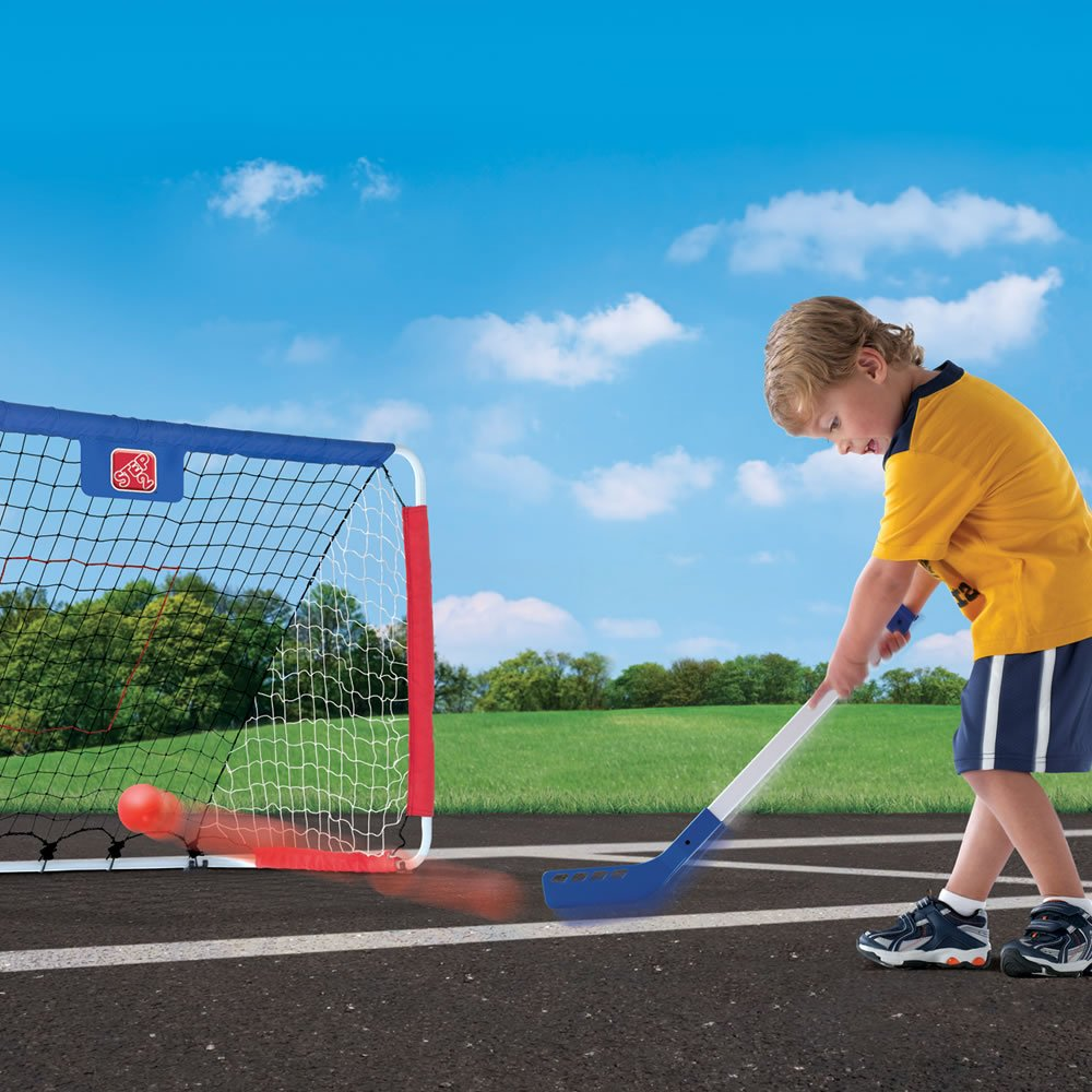 amazon com step2 kickback soccer goal and pitch back toys u0026 games