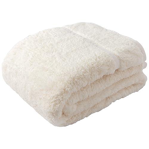世界屈指のフリースメーカーと言われる、ポーラテックのフリース毛布。軽量の羽毛布団との相性も良く、極寒の北極探検にも採用されているスグレモノ。その薄さに不安になるかもしれませんが、見た目と違って暖かい!
