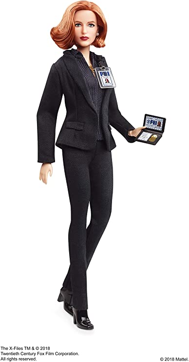 Amazon.com: Barbie The X-Files Agent Dana Scully Doll: Toys ...