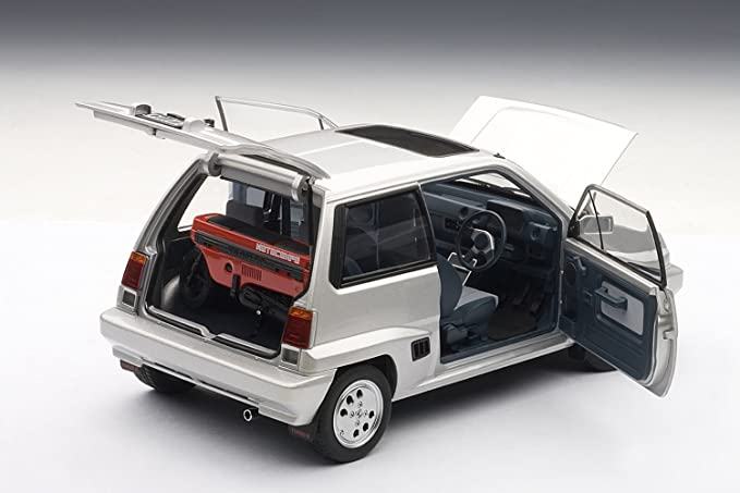 Amazon.com: Honda City Turbo II Silver With Motocombo In Red with Bulldog and display case 1/18 by Autoart 73284: Toys & Games