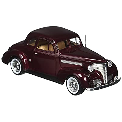 Motormax 1:24 1939 Chevrolet Coupe: Toys & Games