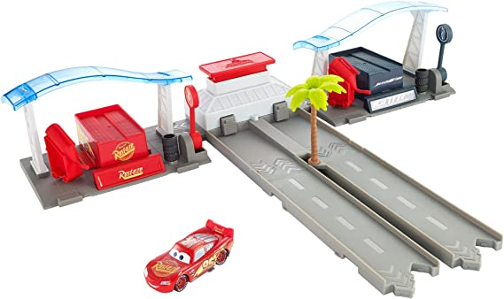 Disney Pixar Cars 3 Florida Speedway Pit Stop Playset