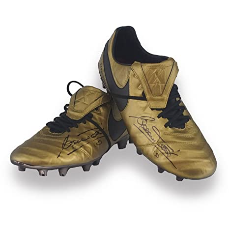 info for 8c2ee 2b47e scarpe calcio nike coppia