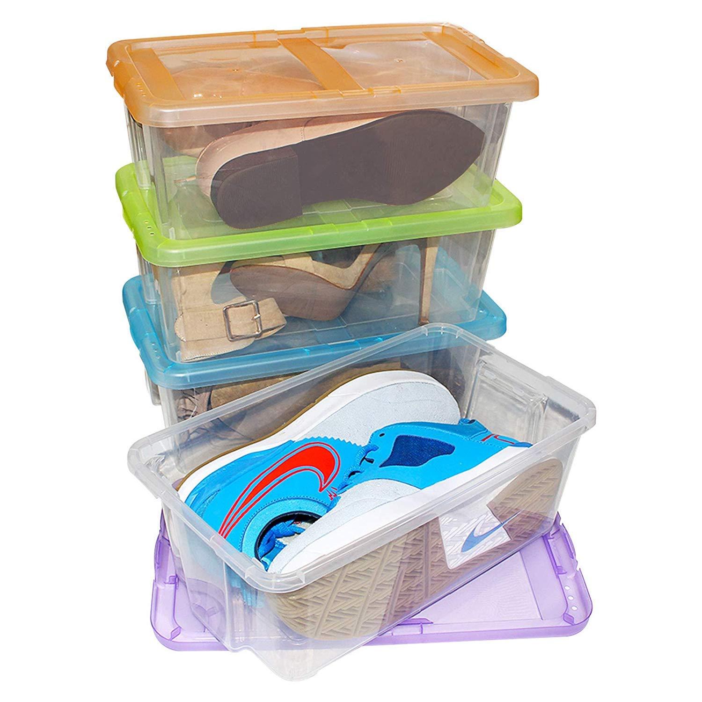 Juego de 4 cajas de plástico duro con tapa. Contiene agujeros para ventilación.