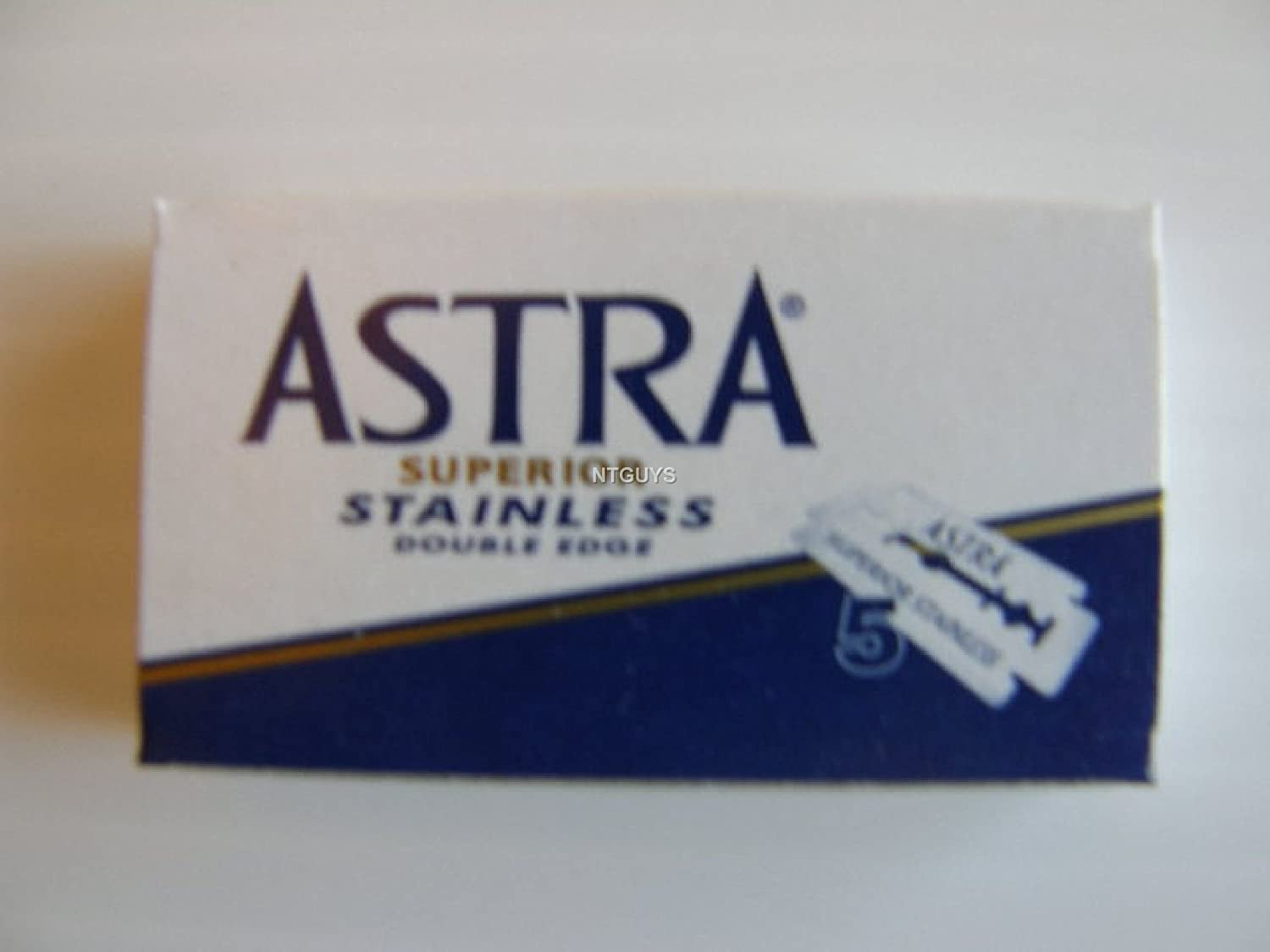 Astra Superior Stainless Double Edge Razor 50 Blades by Astra