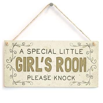 Amazon.com: Una niña especial de habitación por favor Knock ...