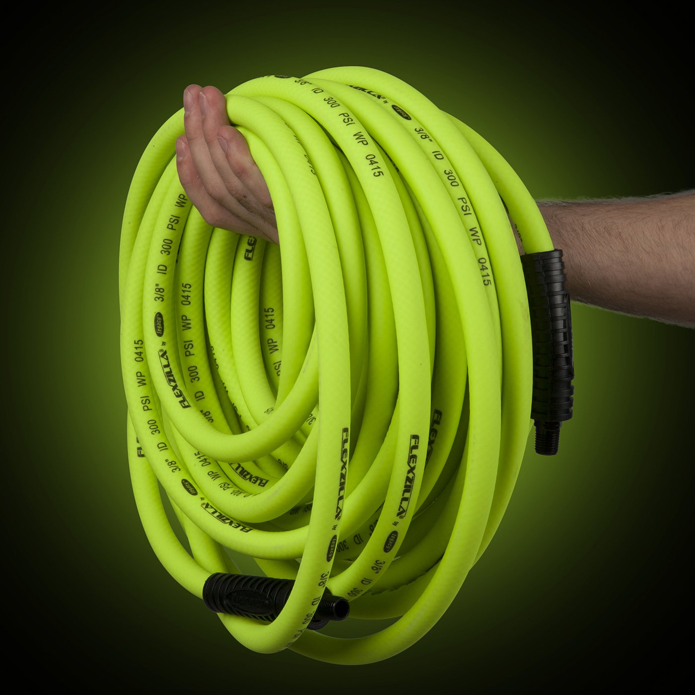 Flexzilla Air Hose, 1/2 in. x 100 ft., 1/2 in. MNPT Fittings, Heavy Duty, Lightweight, Hybrid, ZillaGreen - HFZ12100YW4 by Flexzilla (Image #3)