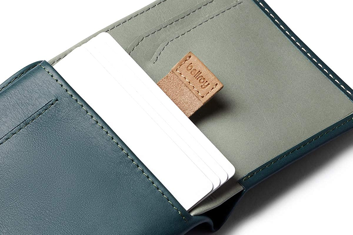 Max. 11 cards and cash RFID editions available slim leather wallet Bellroy Note Sleeve