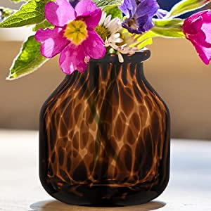 Handmade Leopard Print Glass Vase, Centerpiece Decorative Flower Vase, Stylish for Home Decor, 6.3 inch/16cm Tall for Living Room Dining Tabletop Statement Office Decoration(M-Leopard)