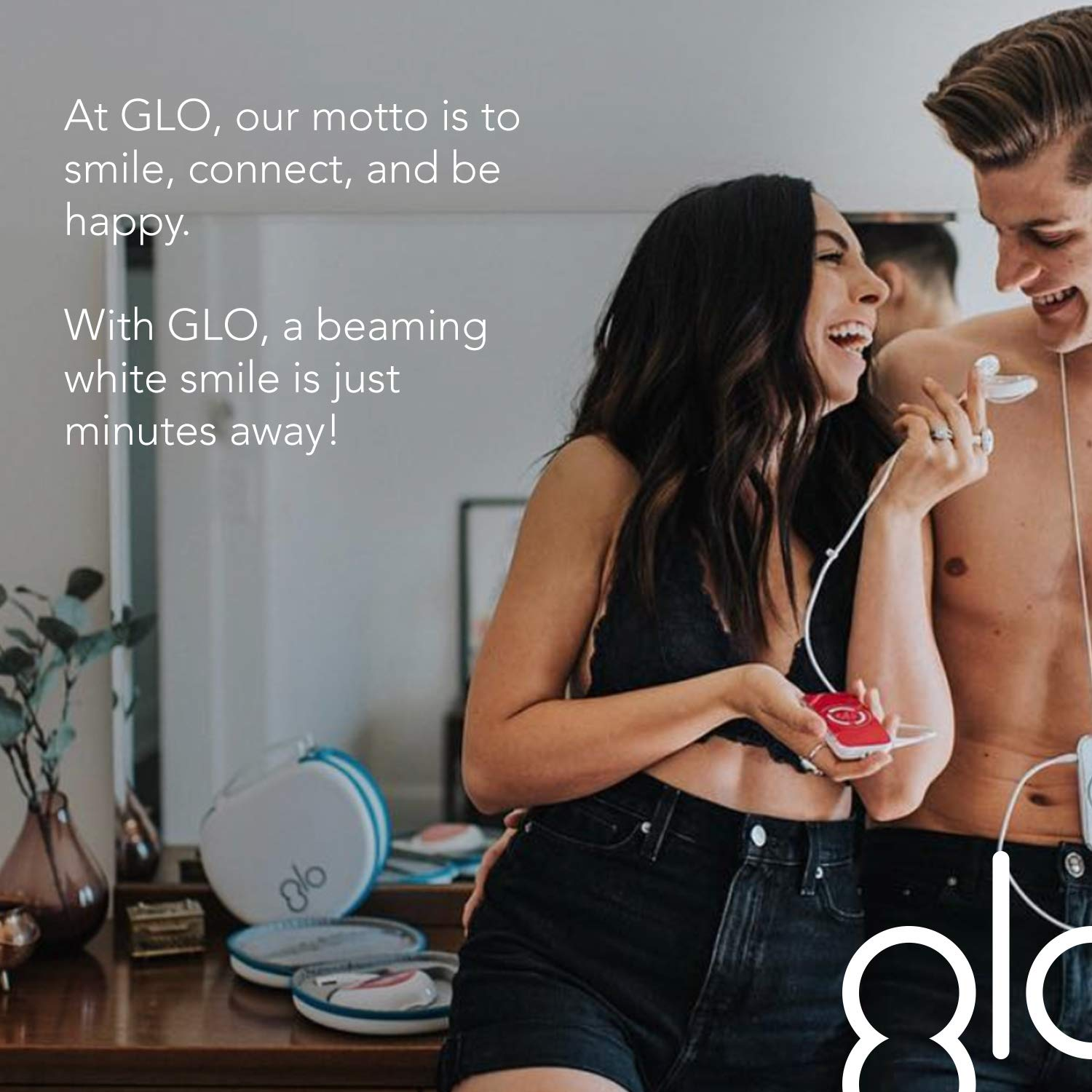 GLO Brilliant Deluxe Teeth Whitening Device Kit with Patented Blue LED Light & Heat Accelerator for Fast, Pain-Free, Long Lasting Results. Clinically Proven. Includes 10 GLO Gel Vials+ Lip Care, WHITE by GLO Science (Image #7)