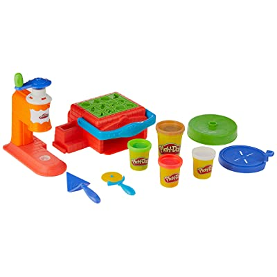 Playdoh Twirl 'n Top Pizza Shop: Toys & Games
