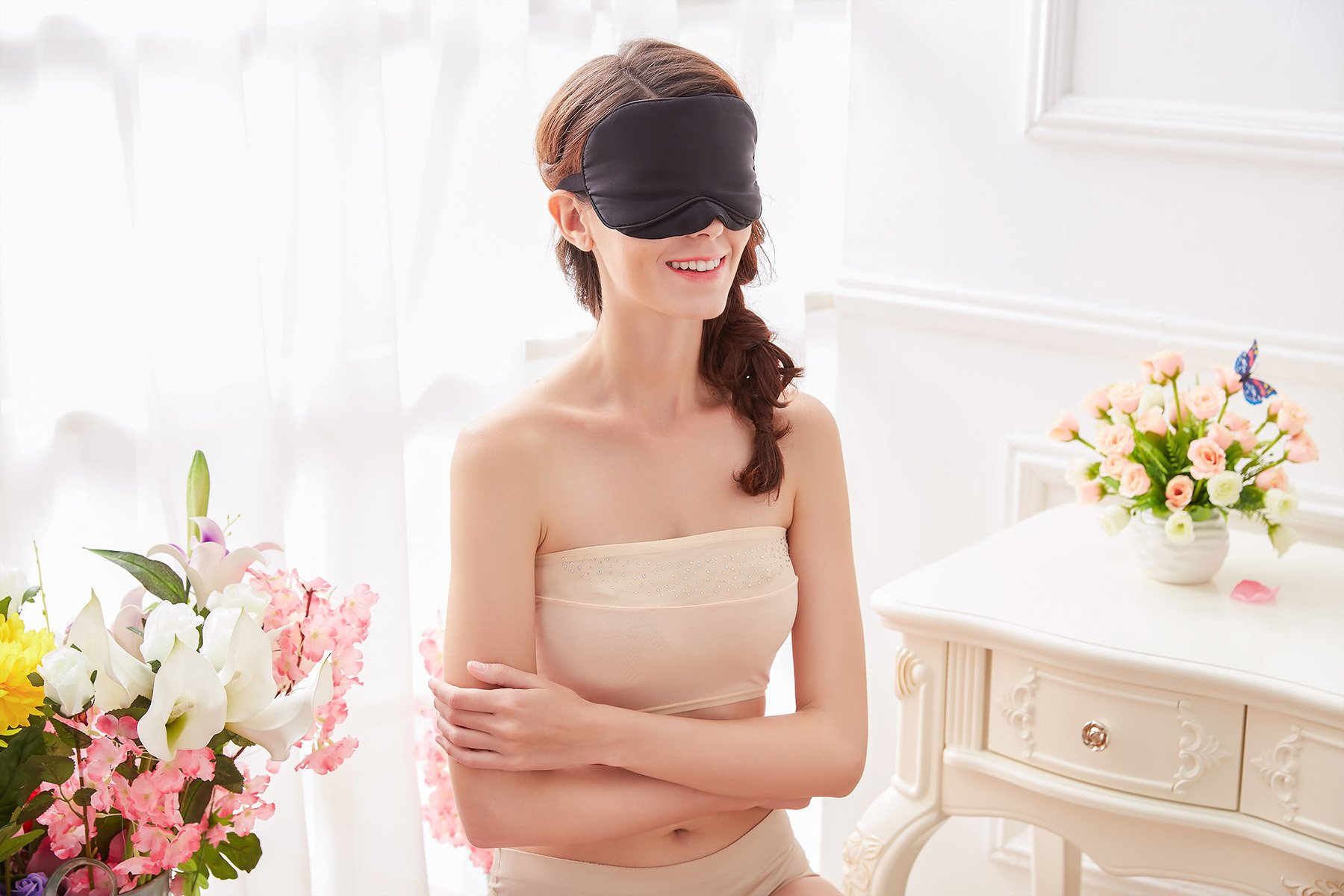 Natural Silk Sleep Mask & Blindfold - Lifetime Guarantee - Super Smooth Eye Mask for Men & Women & Kids - Your Best Travel Sleeping Helper - Include FREE Ear Plugs by Babo Care (Image #5)