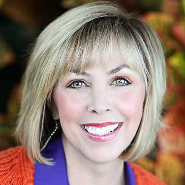 Will the Real You Please Stand Up: Show Up, Be Authentic, and Prosper in Social Media: Kim Garst: 9781630472702: Amazon.com: Books