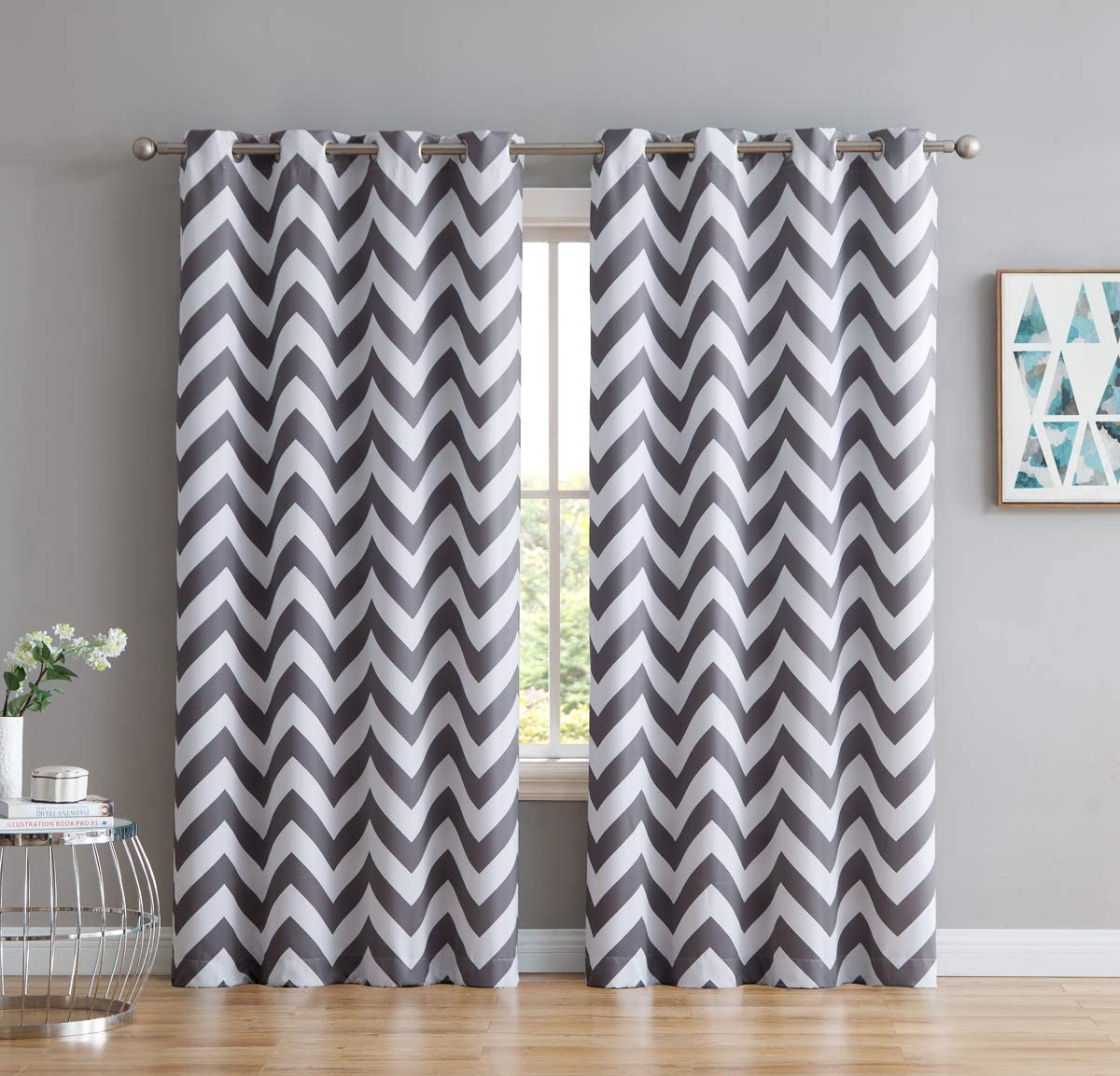 Amazon Com Hlc Me Chevron Print Thermal Insulated Energy Efficient Room Darkening Blackout Window Curtain Grommet Top Panels For Bedroom Nursery Set Of 2 52 W X 84 L Grey Home