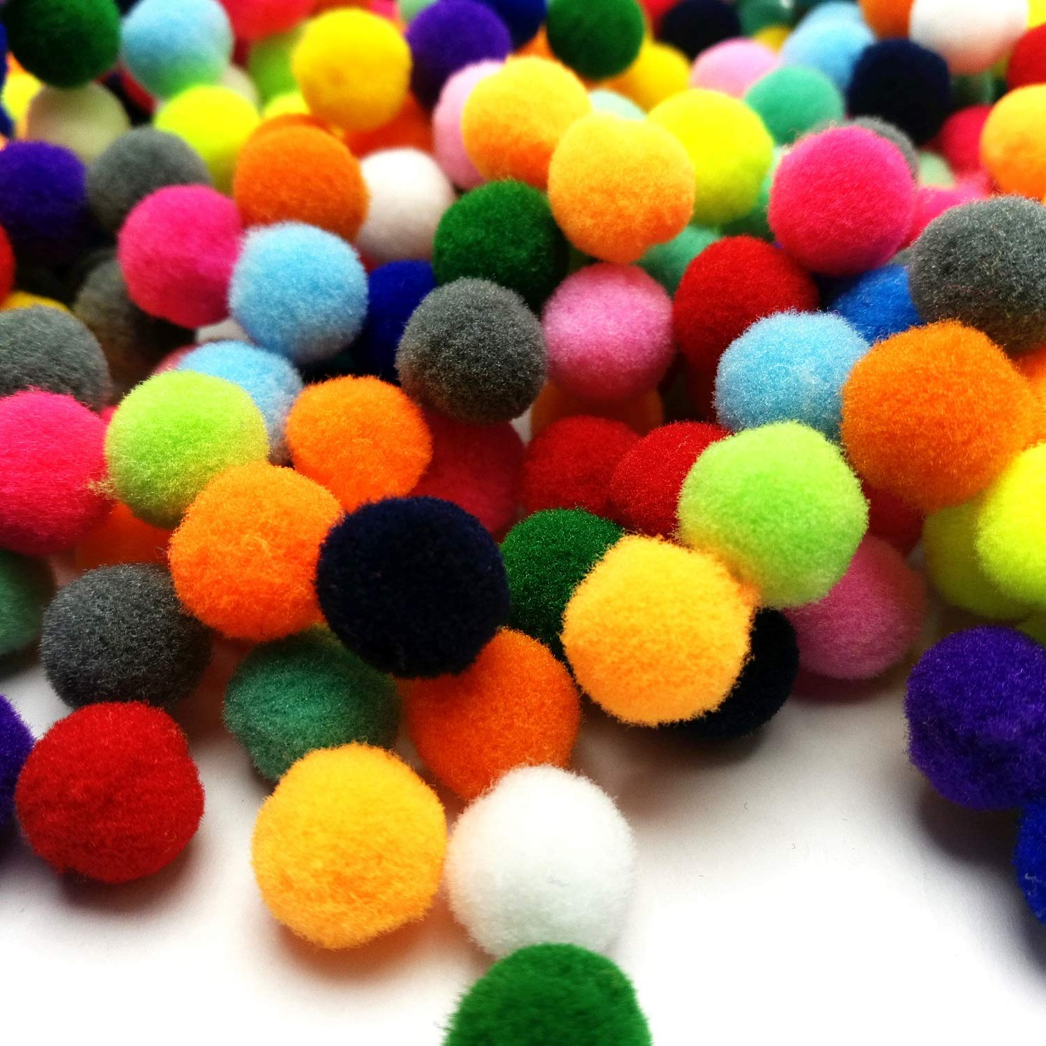 10mm Amaney 1000 Pieces 0.4 Inch Paddy Polyester Pom Poms Pompoms for Hobby Supplies and DIY Creative Crafts Decorations