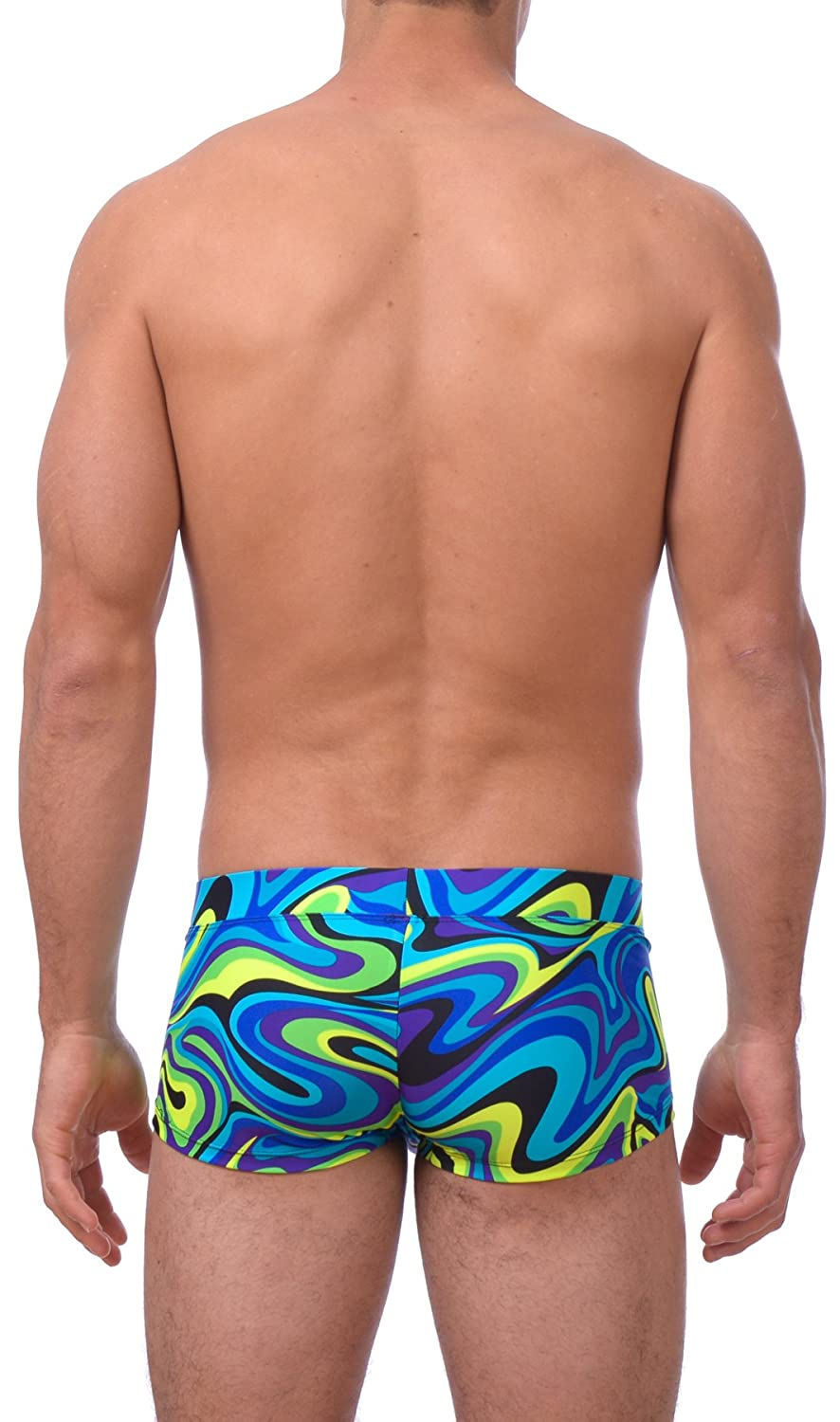 c1893084aa706 Amazon.com  Gary Majdell Sport Mens Printed Hot Body Boxer Swimsuit   Clothing
