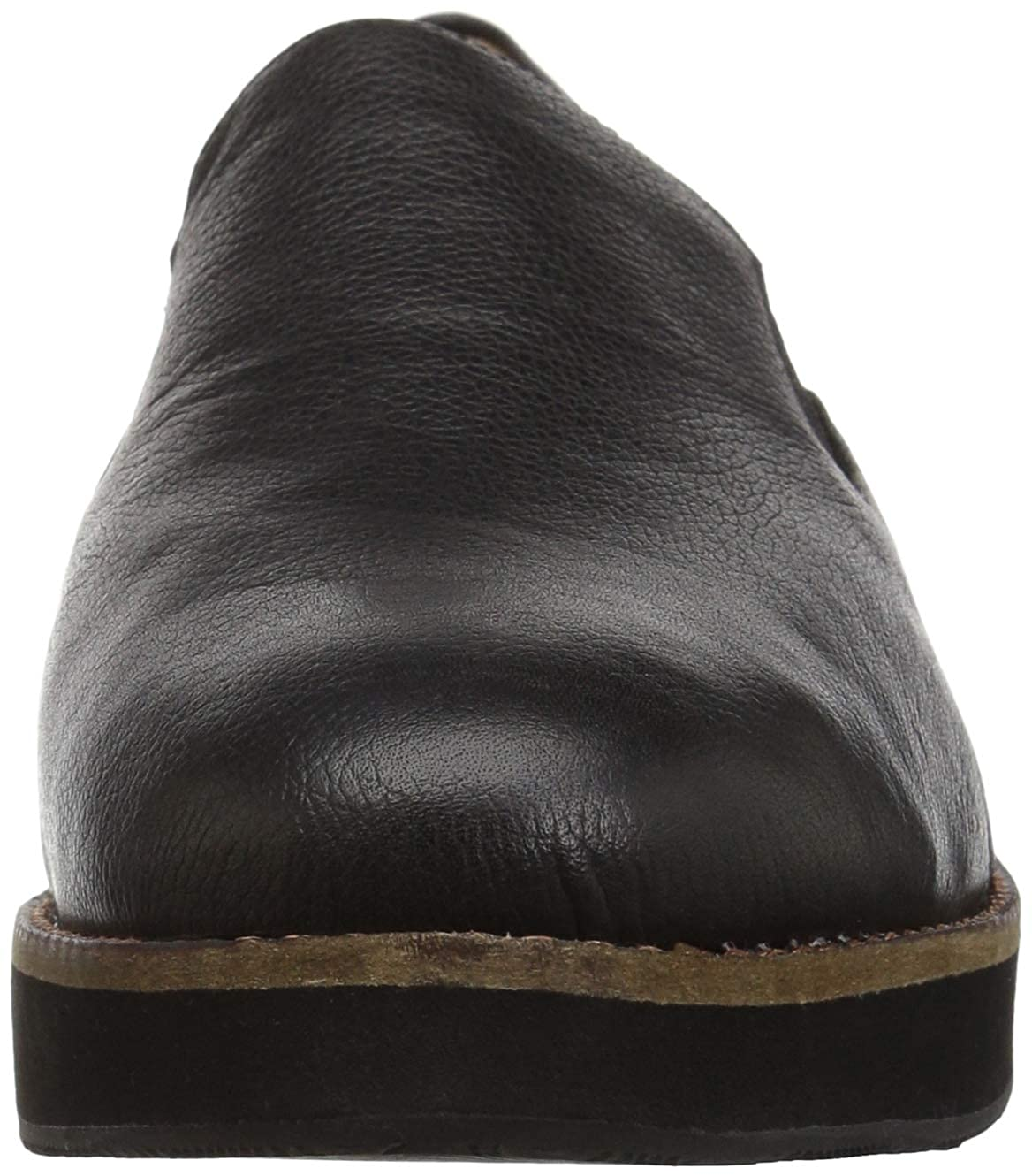 SoftWalk Womens Whistle Loafer
